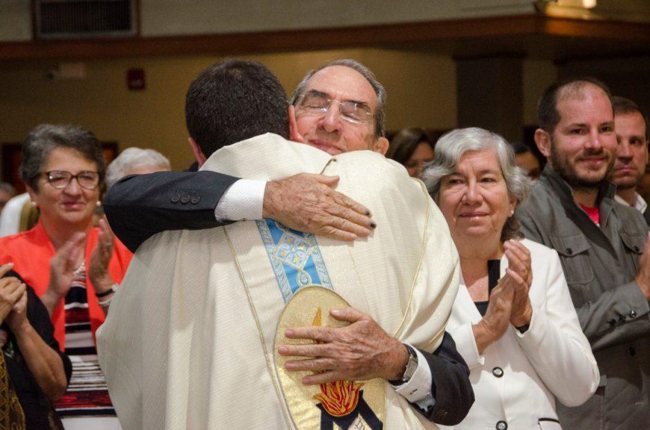 Ordenación sacerdotal de Luis Troya Holst en el Sodalicio de Vida Cristiana (13)