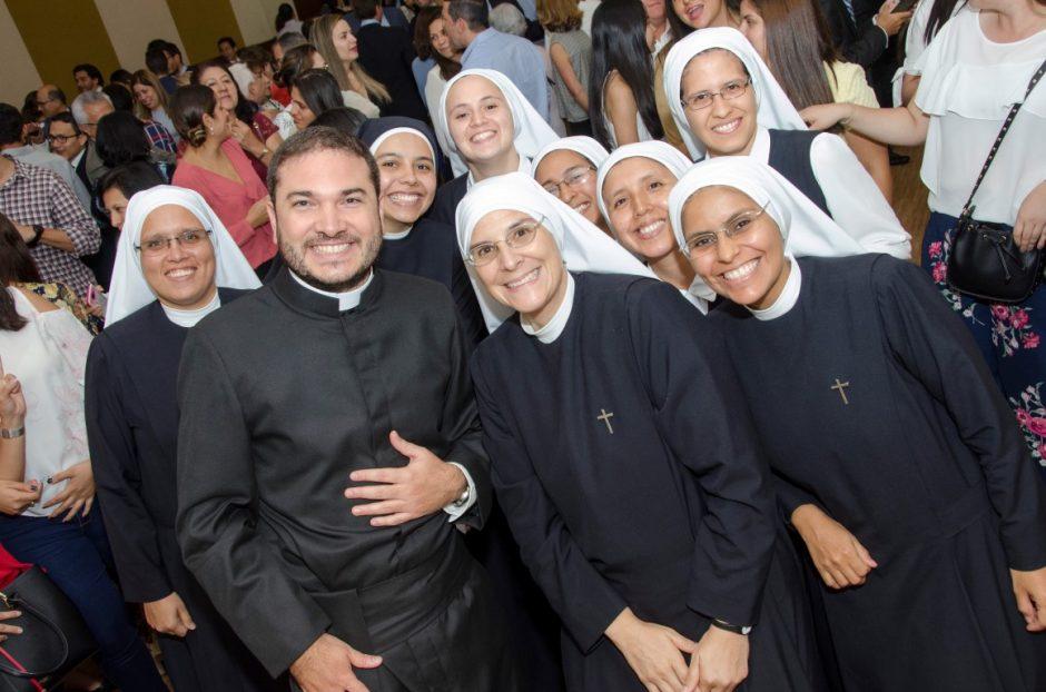 Ordenación sacerdotal de Luis Troya Holst en el Sodalicio de Vida Cristiana (14)