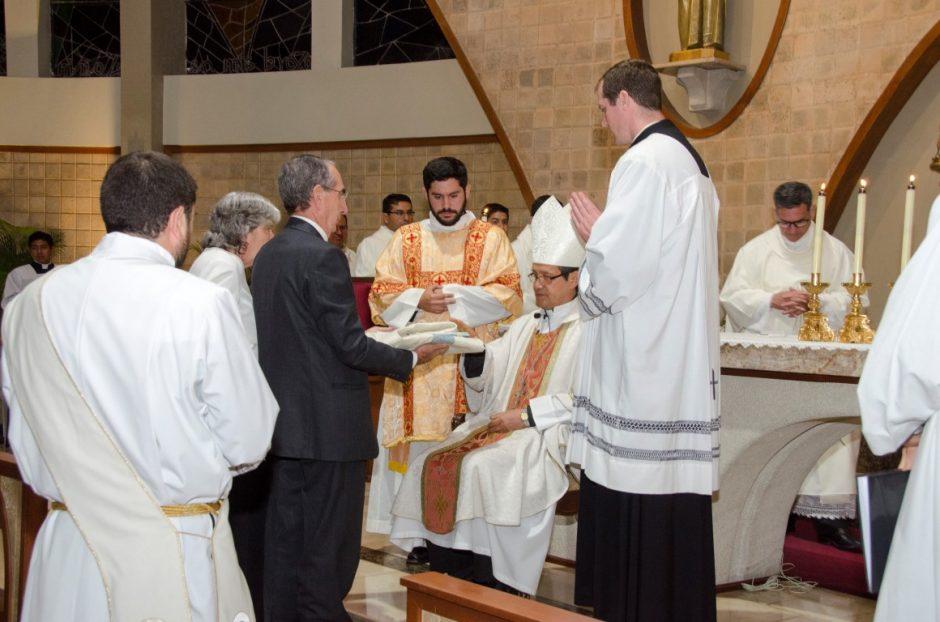 Ordenación sacerdotal de Luis Troya Holst en el Sodalicio de Vida Cristiana (15)