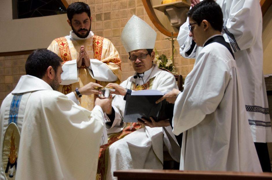 Ordenación sacerdotal de Luis Troya Holst en el Sodalicio de Vida Cristiana (16)