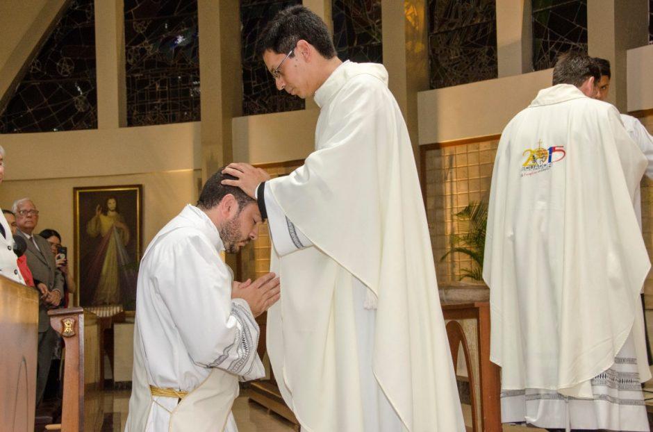 Ordenación sacerdotal de Luis Troya Holst en el Sodalicio de Vida Cristiana (21)