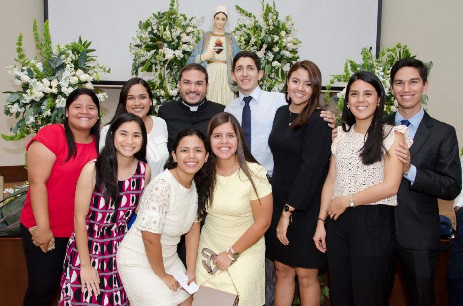Ordenación sacerdotal de Luis Troya Holst en el Sodalicio de Vida Cristiana (4)