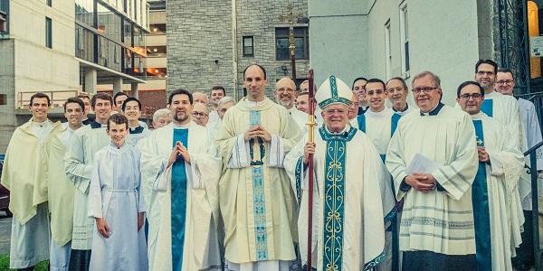 Ordenación sacerdotal de Remigio Morales Bermúdez: «El regalo más perfecto que puedes dar a los fieles es ser un hombre de fe»