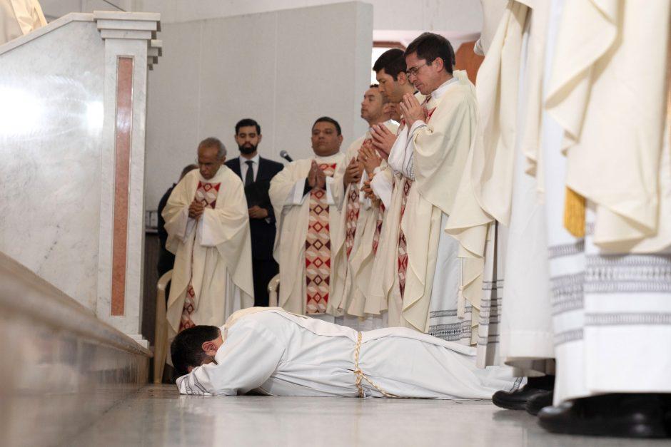 Ordenación sacerdotal de Juan David Velásquez del Sodalicio de Vida Cristiana en Colombia - Noticias Sodálites (1)