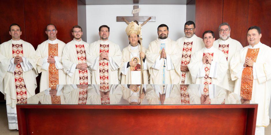 Ordenación sacerdotal de Juan David Velásquez del Sodalicio de Vida Cristiana en Colombia - Noticias Sodálites (29)