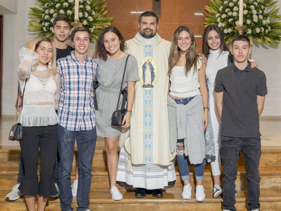Ordenación sacerdotal de Juan David Velásquez del Sodalicio de Vida Cristiana en Colombia - Noticias Sodálites (34)