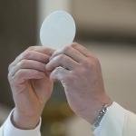 ¿Qué es el sacramento de la Eucaristía?